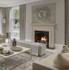 Déco Salon – all taupe living room in different shades has a cool soothing effect… Taupe Living Room, Elegant Living Room, Formal Living Rooms, Living Room Interior, Home Living Room, Home Interior Design, Living Room Designs, Living Room Decor, Taupe Rooms