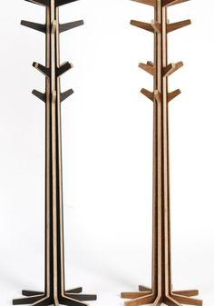 ahşap cnc kesim elbise askılığı modeli (pleksi olarak cnc kesim yapılabilir) http://www.pleksiler.com