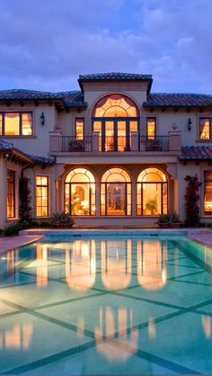 #LuxuryHomes - #Luxurydotcom