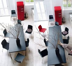 A collection of dual-use and shrinkable dining suites that allow a full sized dining table to be squeezed into a small setup. Compact Furniture, Space Saving Furniture, Unique Furniture, Coffee Table To Dining Table, Diy Table, Decoration Design, Decoration Table, Foyers, Convertible Table