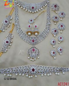 No photo description available. Gold Pendant, Pendant Jewelry, Bridal Jewellery Inspiration, Paris Wallpaper, Fashion Terms, Indian Jewelry Sets, Gold Bangles Design, Wedding Jewelry Sets, Bangle Set