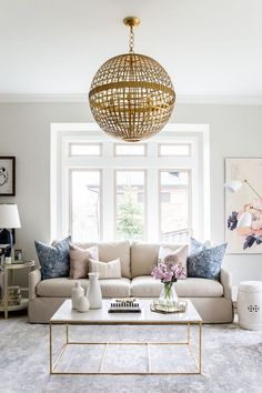 How To: 5 Tips For Styling A Coffee Table
