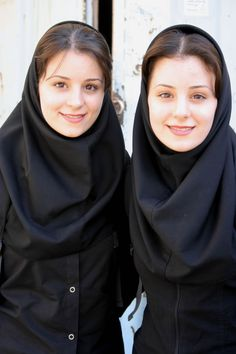 50 of the Most Beautiful Twins from Around the World