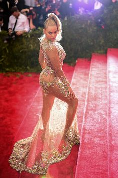 Beyonce in Givenchy at the 2015 Met Gala