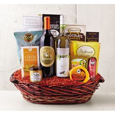 Perfect Host Basket from Wine of the Month Club, Find out more: http://shareasale.com/r.cfm?b=601071&u=902724&m=47747&urllink=&afftrack= #gift bakets #Wine Baskets #Wine