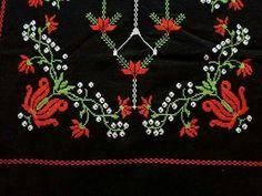 Moda Emo, Embroidery Stitches, Bohemian, Brooch, Jewelry, Cross Stitch Designs, Pallets, Rugs, Needlepoint