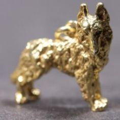 Belgian Shepherd Groenendael gold-plated PENDANT looking right