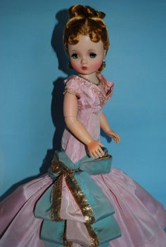 Cissy...Madame Alexander doll...I still have this complete set of dolls!!!