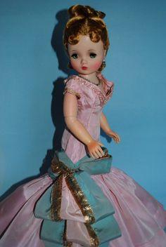 Cissy...Madame Alexander doll...I still have this complete set of dolls!!!