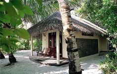 Chaaya Reef Ellaidhoo Resort, Maldives by Glob Metropoliten Tours - from $121 per person/night HB - dnevni polupansion po osobi u dvokrevetnoj sobi Source: http://www.maldivesbuzz.com/