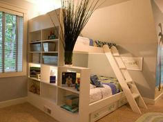 ▷ ideas on setting up a small nursery- ▷ Ideen zum Thema Kleines Kinderzimmer einrichten nursery-ideas-two-story wood-bed-bedded box-shelves-deco-with-plant-carpet-wallpaper-hawaii -