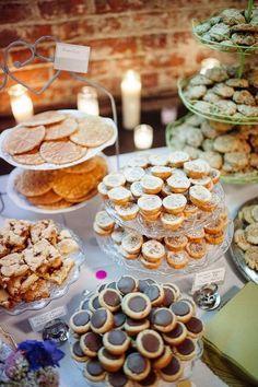 Wedding reception buffet table mini desserts ideas for 2019 Cookie Table Wedding, Dessert Bar Wedding, Wedding Reception Food, Wedding Sweets, Wedding Cookies, Wedding Catering, Rehearsal Dinner Dessert Ideas, Cookie Bar Party, Wedding Cake