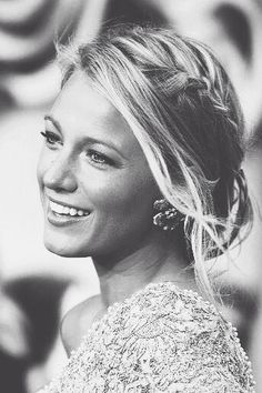 Hi everyone, Everyone needs hair inspiration and Blake Lively has the best hair and amazing hair styles all the time. Trendy Hairstyles, Braided Hairstyles, Wedding Hairstyles, Braided Updo, Wedding Updo, Celebrity Hairstyles, Gossip Girl Hairstyles, Fringe Hairstyle, Chignon Updo