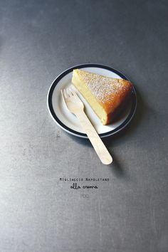 E pensare che il MigliaccioNapoletano , la versione della torta di semolino ma con la ricotta, neanche la conoscevo, la ...