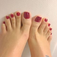 Pink Toe Nails, Red Toenails, Cute Toe Nails, Pink Toes, Sexy Nails, Cute Toes, Sexy Toes, Pretty Toes, Red Polish