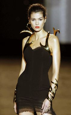 MADRID FASHION WEEK AUTUMN WINTER 2013 - 2014 Aristocrazy. It's like she's covered in golden antlers.
