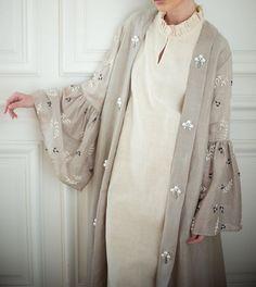 Hijab Fashion 2016, Modern Hijab Fashion, Modest Fashion, Fashion Dresses, Fashion Trends, Iranian Women Fashion, Arab Fashion, Muslim Fashion, Kaftan