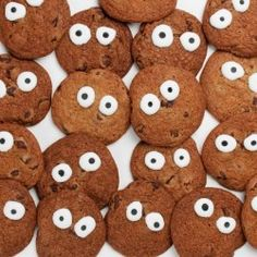 Chip or Treat Cookies. Get yours from Eleni's New York, Find out more at our web site for candies, chocolates & cookies OR visit our HALLOWEEN ideas page at: http://www.allaboutcuisines.com/halloween #Halloween Ideas #Cookies