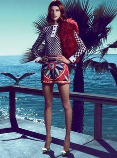 Ale Ambrosio posa de cabelos curtos e looks 60's em seus domínios em LA - Vogue   Mundo vogue