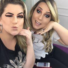 E para fechar a semana com chave de ouro uma convidada muito querida: nossa linda @claudiiaoficial !!! Youtuber que foi vice-campeã do último #BBB Ela é uma guria muito delicada. Um amor gente!!! Vale a pena conferir: http://ift.tt/K6CATG #maquiagem #makeupartist #maquillaje #cacau #maquiandoazamiga