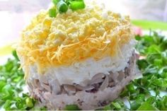 The stunned and delicious salads Ukrainian Recipes, Russian Recipes, Bon Appetit, Low Calorie Salad, Night Food, Special Recipes, Mushroom Recipes, Soup And Salad, Pasta Salad