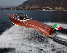 """The unique 1960 Riva Tritone Special Cadillac """"Ribot III"""" even a King couldn't buy Wooden Boat Kits, Wooden Boat Building, Boat Building Plans, Building Ideas, Plywood Boat, Wood Boats, Speed Boats, Power Boats, Brigitte Bardot"""