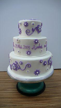 white wedding cake purple flowers 2 | Flickr - Photo Sharing!