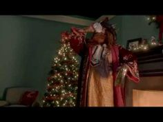 ▶ Santa vs. Los Reyes - YouTube