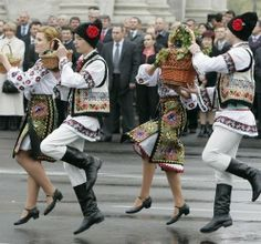 Moldovian traditional costumes