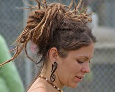 25 Mind-Blowing Dreadlock Hairstyles - SloDive