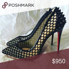 Christian louboutin Guni knot pump 39 black Spike black size 39 which fits 8.5 comes with dust bag and extra heel tip no low offers willing to sell lower for a serious buyer 708-374-0534 Christian Louboutin Shoes Heels