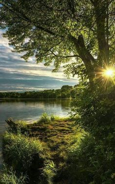 Beautiful Nature Pictures, Beautiful Sunset, Amazing Nature, Nature Photos, Beautiful Landscapes, Beautiful World, Landscape Photography, Nature Photography, Skier
