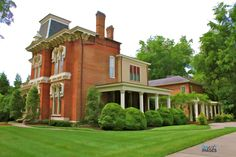 this is one of my favorite homes in Franklin, Tn