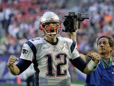 Así salió Tom Brady por su cuarto anillo