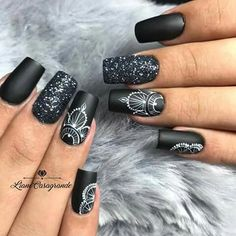 To give you inspiration for nail art in this winter, we have specially collected 76 images of black coffin nail designs, I hope you can find a satisfactory style from them. Perfect Nails, Gorgeous Nails, Pretty Nails, Black Nail Designs, Gel Nail Designs, Nails Design, Henna Nails, Henna Nail Art, Witchy Nails