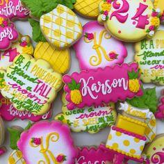 Luau Cookies, Summer Cookies, Cupcake Cookies, Cupcakes, Be Like A Pineapple, Luau Birthday, Birthday Parties, Pineapple Cookies, Cookie Recipes