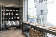 Monadico Concept Store Shopping Stores, Boutiques, Countries, Shops, Concept, Accessories, Furniture, Home Decor, Boutique Stores