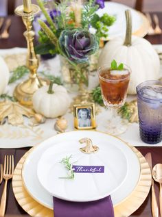 Set a gorgeous Thanksgiving table and tradition ideas!