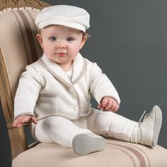 Amazing Baby Clothes and Dolls. Baby Boy Christening Suit, Baby Boy Baptism Outfit, Baby Boy Newborn, Baptism Outfits For Boys, Toddler Outfits, Baby Boy Outfits, Kids Outfits, Cute Baby Wallpaper, Baby Blessing
