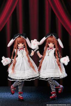 Azone 10th Anniversary Classic Alice Tick Tock Rabbit Himeno