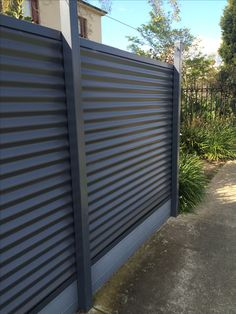 65 Easy Creative Privacy Fence Design Ideas March Leave a Comment Privacy Fence Ideas – If you've chosen to get a security fence for your yard, there are such a large number of materials and plans to look over that it can appear a Wood Privacy Fence, Privacy Fence Designs, Outdoor Privacy, Diy Fence, Fence Landscaping, Backyard Fences, Garden Fencing, Pool Fence, Bamboo Fencing