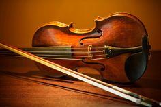 Google Image Result for http://www.atlas1031.com/Portals/36861/images/Stradivarius-Guarneri-Violin-1031-Exchange-Insights.jpg