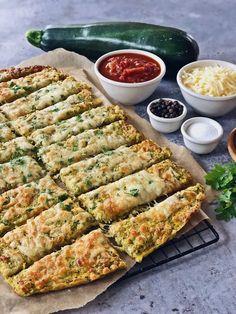 Zucchini Breadsticks with Marinara Dip - Fashion Kitchen - Unbedingt backen! -Cheesy Zucchini Breadsticks with Marinara Dip - Fashion Kitchen - Unbedingt backen! - 28 New Year's Eve Party Appetizers: Fun Snacks Zucchini Sticks, Zucchini Pizzas, Snack Recipes, Dinner Recipes, Healthy Recipes, Dinner Dishes, Delicious Recipes, Zucchini Relish, Food Dinners