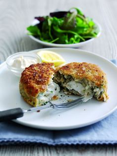 Haddock and smoked salmon fish cake with melting middle creamy spreadable fresh French goat's cheese By Sophie Wright, chef and Easy Cheesey Chèvre Ambassador In these days of economic gloom … Fish Cakes Recipe, Fish Recipes, Seafood Recipes, Gourmet Recipes, Vegetarian Recipes, Healthy Recipes, Salmon Fishcakes, Fennel Recipes, Good Food