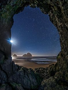Three Arch Rocks and moonlit Tunnel Beach under a star filled sky at Oceanside Oregon Oceanside Oregon, Oregon Coast, Northern Lights, Places To Go, Arch, Road Trip, Sky, Mountains, Travel