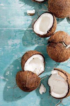 Coconut. My favorite multi-tasking paleo ingredient! Coconut oil, coconut milk, unsweetened coconut flakes, coconut water! Obsessed! #paleo