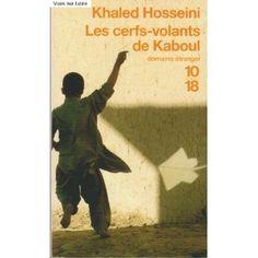 L'histoire débute à Kaboul, dans les années 1970. Deux enfants sont liés par une amitié indéfectible, malgré leur différence de condition sociale. Jusqu'au jour où l'un des deux, Amir, commet une des pires lâchetés. En 2001, alors qu'Amir est parti aux Etats-Unis, il reçoit un coup de téléphone de Kaboul. C'est peut-être pour lui une occasion de se racheter