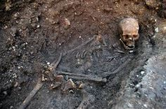 New analysis of Richard III's remains indicate that the king had a case of intestinal parasites. (via @Nancy Christopher News; photo via University of Leicester file)