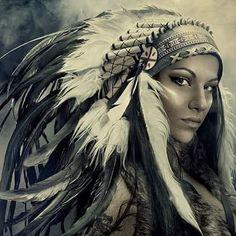 Native American Drawing, Native American Tattoos, Native Tattoos, Native American Headdress, Warrior Tattoos, American Indian Girl, Native American Girls, Native American Pictures, Native American Beauty