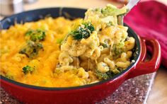 One-Skillet 20-Minute Mac and Cheese with Broccoli